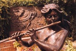 Girl with concert flute